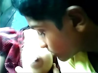 http://destyy.com/wJOz5D  watch full video India teen enjoy with boyfriend