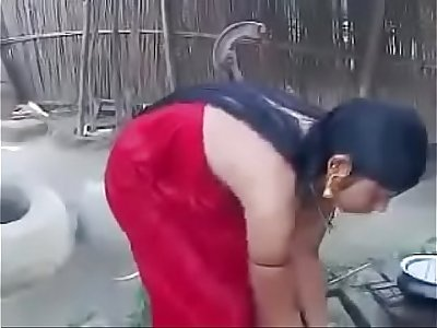 Desi village girl Hot video 2017